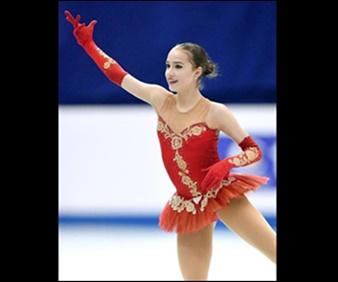 ザギトワ選手のフリースケーティングは、バレエ音楽『ドン・キホーテ』からの曲。バレエの音楽と赤いチュチュのついたスカートととてもマッチしています。