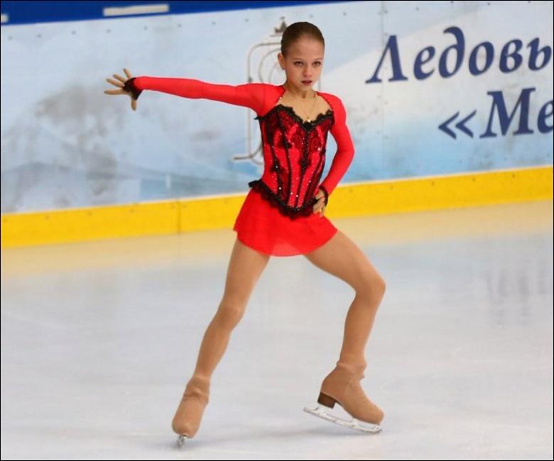アレクサンドラ・トゥルソワ-1